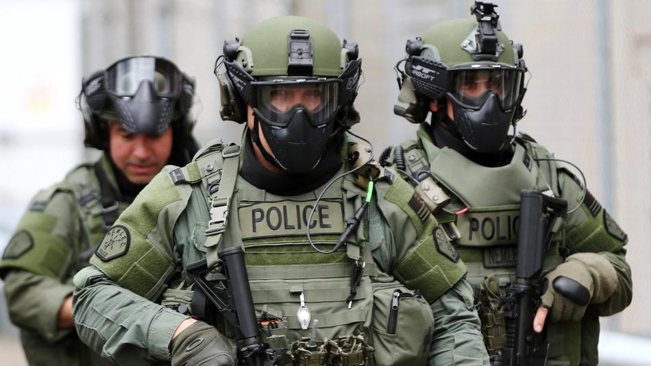 مشکلات شغلی پلیس نیروی انتظامی