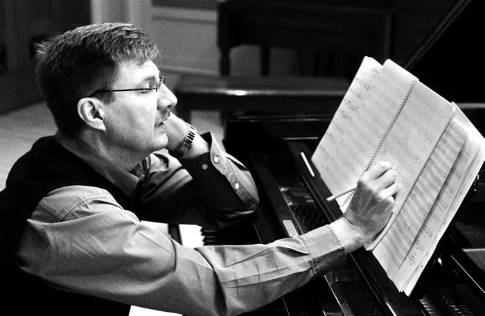 می خواهم آهنگساز شوم. مهارت و شخصیت مناسب آهنگساز چیست؟