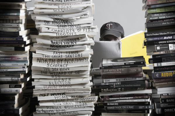 آشنایی با کار فیلمنامه نویس و ساعات کار و محل کار او