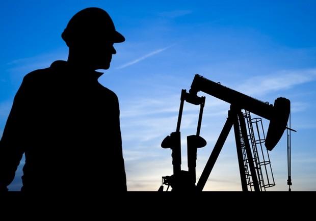 کار مهندس نفت و وظایف او