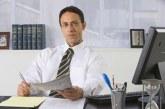 درآمد و استخدام مدیر امور اداری
