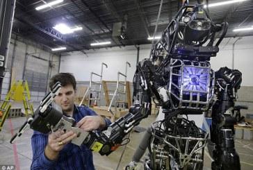 مهندس رباتیک کیست؟ تیپ شخصیتی من مناسب این شغل است؟