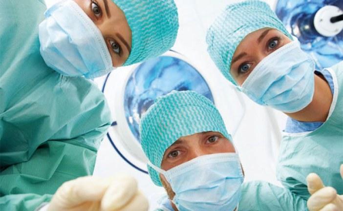 با مهارت ، تحصیلات و میزان درآمد جراح بیشتر آشنا شوید