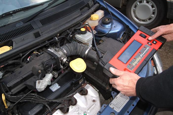 معرفی کار برقکار خودرو ( باتری ساز ) و نحوه ورود به این شغل