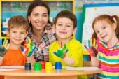 وضعیت حقوق و استخدام مربی مهد کودک