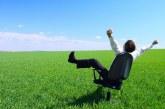 چرا نباید به یک شغل فقط از زاویه کسب درآمد نگاه کرد؟